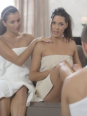 A relaxing afternoon at the spa turned into so much more for Alexa Thomas and Cindy Loarn, when the male masseur came by the give Cindy her foot massa